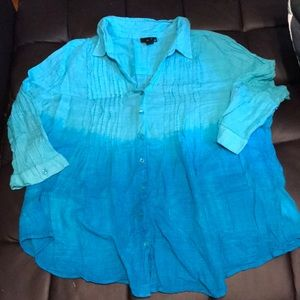Blue ombré button down